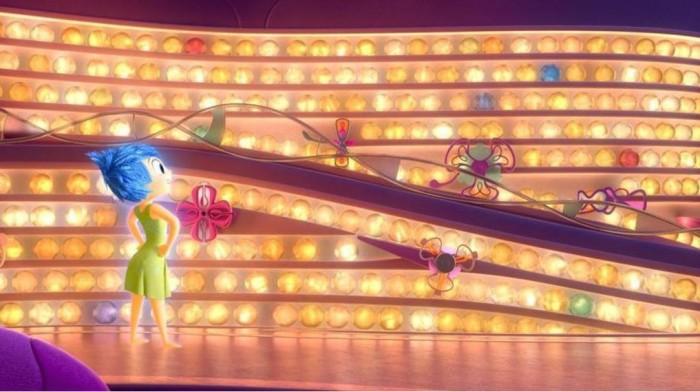 다섯 가지 색깔로 빛나는 라일리의 기억구슬